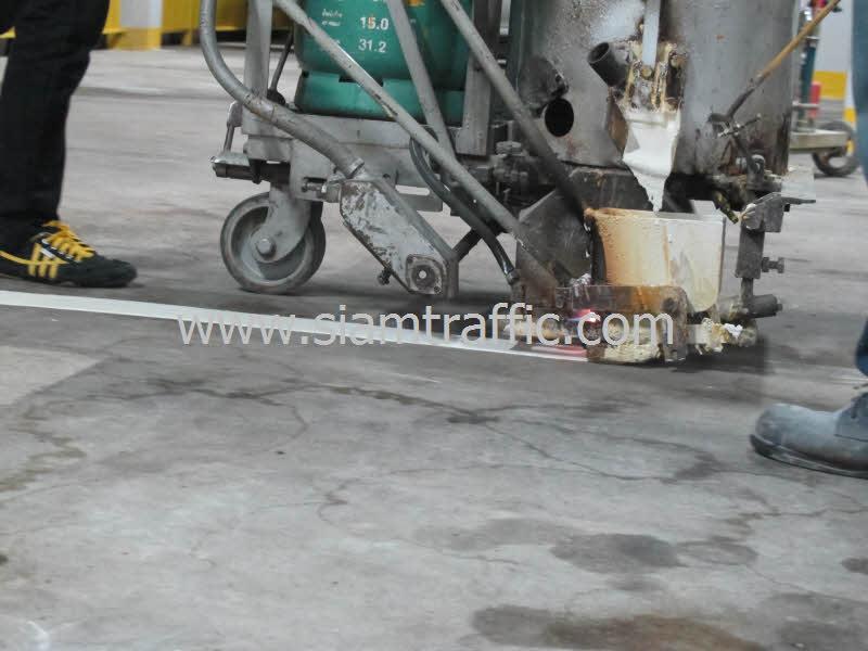 งานรับเหมาตีเส้นช่องจอดรถอาคารจอดรถโรงแรมดุสิตธานี