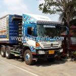 รถบรรทุกสำหรับขนส่งสีเทอร์โมพลาสติก และอุปกรณ์จราจรไปประเทศกัมพูชา