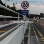 ป้ายจำกัดความเร็วรถติดตั้งที่บริษัท โตโยต้ามอเตอร์ ประเทศไทย จำกัด(สำโรง)