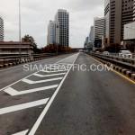 ตีเส้นถนนโครงการปรับปรุงสะพานข้ามแยก ถนนพระรามที่ 4-สีม (ไทย-ญี่ปุ่น)