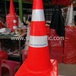 กรวยกั้นถนน Thai Oil