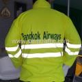 เสื้อกันฝน Bangkok Airways
