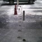 ลูกแก้วติดถนนสะท้อนแสง 360 องศา ดิโอลด์สยามพลาซ่า