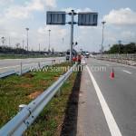 guardrail กันอุบัติเหตุ แขวงทางหลวงพิเศษ กรมทางหลวง ปริมาณงาน 1,950 เมตร