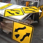 Khmer Traffic Sign W1-45 and W1-46