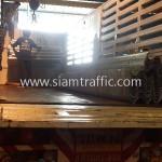 รถบรรทุกพ่วงขึ้นการ์ดเรลไปยังประเทศกัมพูชา