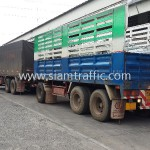 รถบรรทุกขึ้นราวเหล็กลูกฟูกไปยังประเทศกัมพูชา