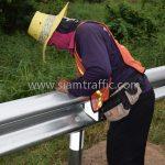 งานจ้างเหมาทำการงาน guard rails แขวงทางหลวงฉะเชิงเทรา ปริมาณงาน 1,152 เมตร