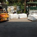 ขายสีเทอร์โมพลาสติก สีขาว 950 ถุง สีเหลือง 450 ถุง ส่งออกไปประเทศกัมพูชา