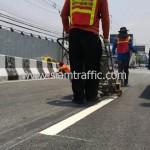 ตีเส้นถนนสะพานไทย เบลเยี่ยม งานตีเส้นจราจรมาตรฐานกรมทางหลวง