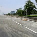 ตีเส้นจราจรสะพานไทย เบลเยี่ยม โดยใช้เครื่องตีเส้นจราจร