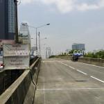 ตีเส้นถนนสะพานไทย เบลเยี่ยม โดยใช้เครื่องตีเส้นจราจร