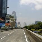ตีเส้นสะพานไทย เบลเยี่ยม รับตีเส้นจราจรและติดหมุดสะท้อนแสง