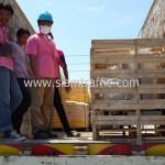 เส้นจราจรสีเหลืองและเครื่องตีเส้นถนนส่งออกไปประเทศกัมพูชา