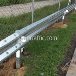 สติ๊กเกอร์สะท้อนแสง และเป้าสะท้อนแสง Guard Rail ทางพิเศษอุดรรัถยา