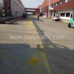 กะเทาะสีตีเส้นถนน โค้ก ปทุมธานี