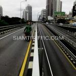 ตีเส้นถนนสะพานไทย-ญี่ปุ่น