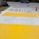 ตีเส้นอักษร STOP Bridgestone