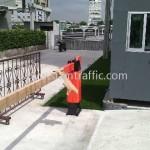 ไม้กั้นรถยนต์กรุงเทพ เดอโบตั๋น ติดตั้งที่ถนนศรีนครินทร์