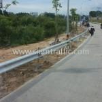 ราวกั้นถนน จำนวน 416 แผ่น ติดตั้งที่จังหวัดชลบุรี