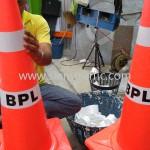 กรวยสีส้มติดสติ๊กเกอร์ BPL