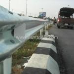 steel highway guard rail บนทางหลวงพิเศษหมายเลข 9 ตอน คลองพระยาสุเรนทร์-พระประแดง