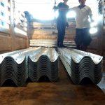 w-beam guardrails จำนวน 60 แผ่น พร้อมอุปกรณ์ส่งออกไปประเทศพม่า สายทาง EIN DU-ZAR TA PYIN 0.00-11.60 KM w-beam guardrails စုစုပေါင်း 60 ပြား ပါဝင်သောပစ္စည်းပါမြန်မာနိုင်ငံကိုပို့သွားပြီး လမ်းကြောင်း EIN DU-ZAR TA PYIN 0.00-11.60 KM