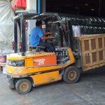 เครื่องตีเส้นจราจรส่งออกไปประเทศพม่า လမ်းမျဥ်းဆွဲတဲ့စက် ထိုင်းနိုင်ငံထုတ်ပစ္စည်း