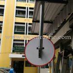 งานติดตั้งกระจกโค้งจราจร สถาบันวิจัยวิทยาศาสตร์การแพทย์ทหาร (สวพท.) ถนนราชวิถี กรุงเทพฯ