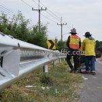 งานจ้างเหมาทำการงาน guard rail แขวงทางหลวงฉะเชิงเทรา ปริมาณงาน 1,152 เมตร