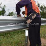 งานจ้างเหมาทำการงาน w-beam guardrails แขวงทางหลวงฉะเชิงเทรา ปริมาณงาน 1,152 เมตร