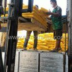สีทาเส้นถนน สีเหลือง TRI-STAR จำนวน 500 ถุง ส่งไปประเทศกัมพูชา