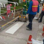 ตีเส้นด้วยสีเทอร์โมพลาสติก บริษัท โตโยต้า มอเตอร์ ประเทศไทย จำกัด บ้านโพธิ์