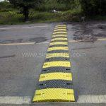 ติดตั้งพลาสติกชลอความเร็วรถบริเวณจุดตัดทางรถไฟ จำนวน 4 จุด องค์การบริหารส่วนตำบลบางเตย