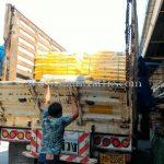 สีตีเส้นถนน 30% สีเหลือง TRI-STAR (มอก.) จำนวน 1,500 ถุง ส่งออกไปประเทศพม่า