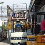 สีถนน สีขาว 250 ถุง สีเหลือง 250 ถุง ส่งออกไปที่พนมเปญ ประเทศกัมพูชา