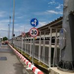 ป้ายจราจร บริษัท โตโยต้า มอเตอร์ ประเทศไทย จํากัด โรงงานบ้านโพธิ์ แผนก VL