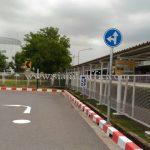 ป้ายเชฟร่อนโซล่าร์เซลล์ และป้ายจราจร บริษัท โตโยต้า มอเตอร์ ประเทศไทย จํากัด โรงงานบ้านโพธิ์ แผนก VL