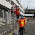 """ป้าย """"จำกัดความเร็ว 20 กม."""" กลม ขนาด 60 เซนติเมตร บริษัท โตโยต้า มอเตอร์ ประเทศไทย จํากัด โรงงานสำโรง แผนก VL"""