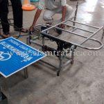 stainless steel barriers ป้ายที่จอดรถคนพิการ
