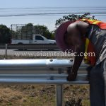 w-beam guardrails แขวงทางหลวงสมุทรปราการ ปริมาณงาน 1,200 เมตร