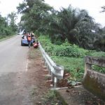 การติดตั้ง guardrail กรมทางหลวง บนทางหลวงหมายเลข 4006 ตอน ราชกรูด - วังตะกอ ระหว่าง กม.16+000 - กม.50+000