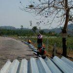 จำหน่าย guard rail ในทางหลวงหมายเลข 3299 ตอนควบคุม 0100 ตอน ช้างทูน - โชคดี ระหว่าง กม.15+100 - กม.23+900