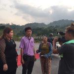 การสาธิตวิธีการทาสี cold plastic ที่กอกะเร็ก ประเทศพม่า လက်တွေ့အရောင် cold plastic နဲ့ လမ်းမှာဆိုးပြခြင်း နေရာ ကော့ကရိက် မြန်မာနိုင်ငံ
