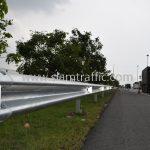 W-Beam Guardrail ตามแบบมาตรฐานกรมทางหลวง เลขที่ DWG.NO.RS-603 แขวงทางหลวงพิเศษระหว่างเมือง ทางหลวงพิเศษหมายเลข 7 ตอน บางปะกง – หนองรี ปริมาณงานรวม 1,572.00 เมตร