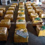 สีทาพื้นคอนกรีต สีเหลือง จำนวน 2,000 ถุง ส่งไปประเทศพม่า