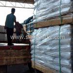 สีทาถนนจราจร สีขาว จำนวน 1,000 ถุง ส่งไปประเทศพม่า
