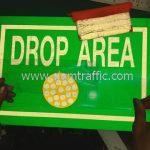 """ป้ายสัญลักษณ์ให้ข้อมูล พร้อมข้อความ """"DROP AREA"""" จำนวน 7 แผ่น"""
