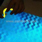 การติดสติ๊กเกอร์สะท้อนแสงกับแผ่นป้ายทางหลวงชนบท ชร.4052