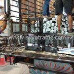 เสาไฟ solar-cell และอุปกรณ์การ์ดเรล ส่งไปบ้านรักไทย-บ้านปางคอง จังหวัดแม่ฮ่องสอน